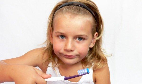 como lavarle los dientes a mi bebe